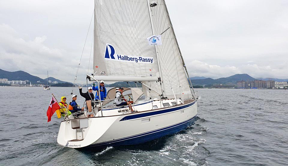 Hallberg-Rassy 412 from South Korea
